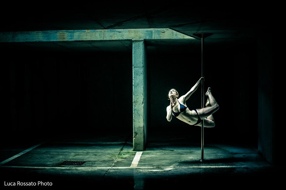 valentina d'amico pole dance vertige