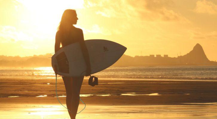 COSA ASPETTARSI DALLA PRIMA LEZIONE DI SURF